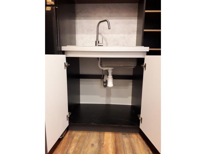 Галифакс — двухъярусная, угловая, встраиваемая кухня серого цвета из МДФ с ПВХ покрытием