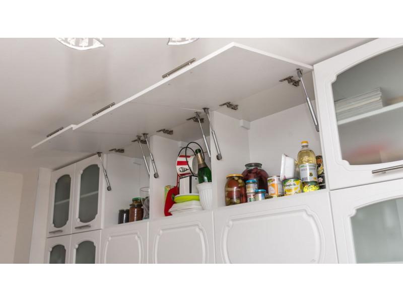 Гретта — недорогая, угловая, двухъярусная кухня из МДФ в пленке ПВХ