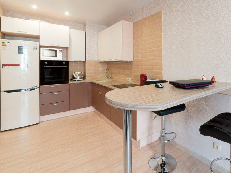 Капучино — угловая, двухцветная кухня бежевого и коричневого цвета из МДФ в пленке ПВХ