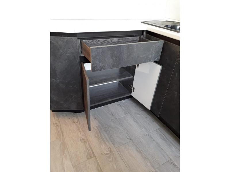Черно-белая кухня Марбел 1