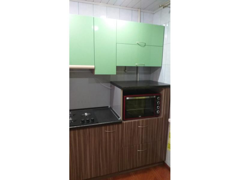 Прямая кухня Мята